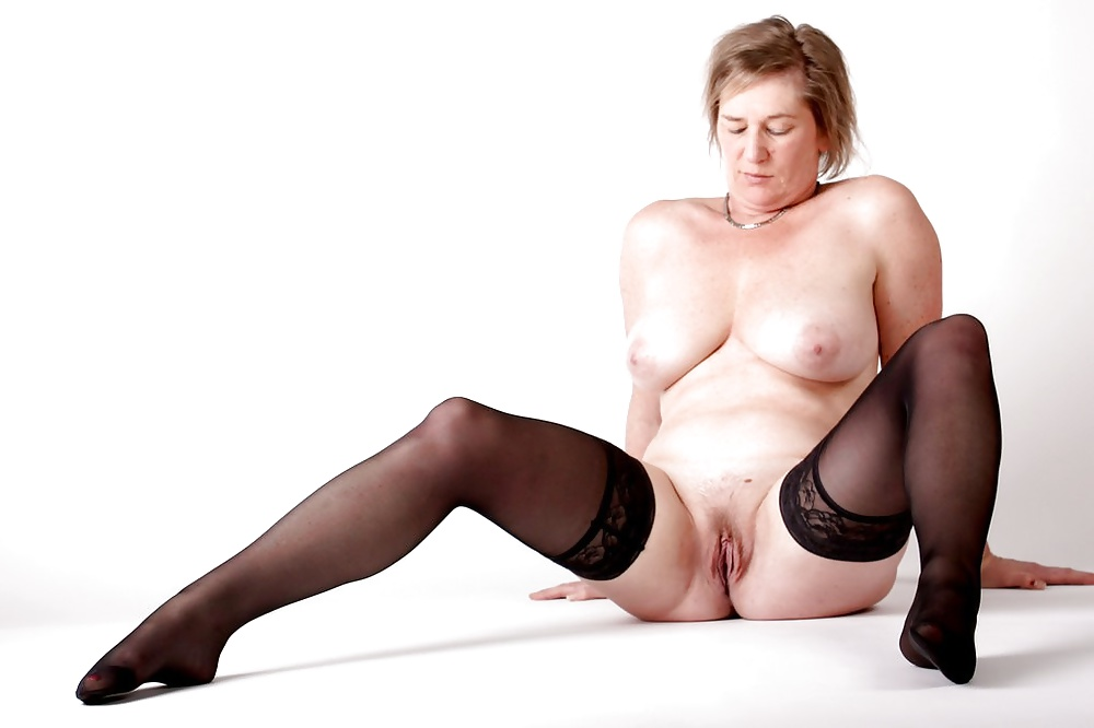 Fuck a Mom: MATURE AND GRANNIES 60
